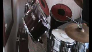 36 crazyfists - when distance is the closest reminder (cover bateria)