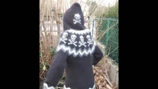 Gilet islandais tricoté  - Modèle têtes de mort Robin Child