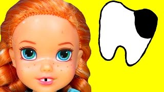 Sugar Bugs ! ANNA toddler at the Dentist ! - Little ELSA is there too