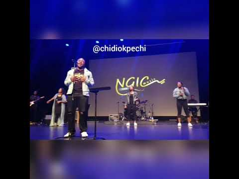 Worship Medley with Chidi Okpechi & The300