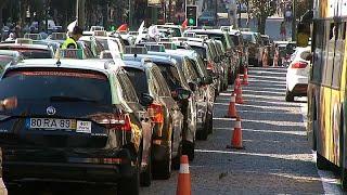 Португальские таксисты будут стоять до конца