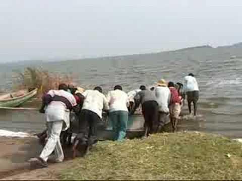 Uganda - Fishermen in lake Edward