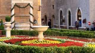 preview picture of video 'Pienza la Città dei Fiori  Val d'Orcia - Tuscany Italy'