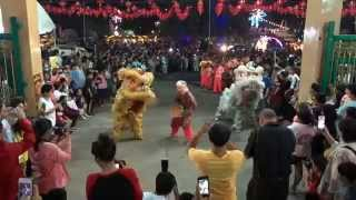 preview picture of video 'Chinese festivalitis in Thailand ... De drakendans / Dragon dance'