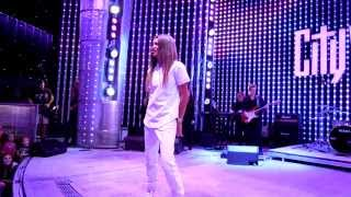 "Zendaya ""Replay"" and ""Only when you're Close"" Live at Universal City Walk"