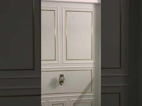 Thi công phào chỉ PS khung kép vàng cầu thang (P2)