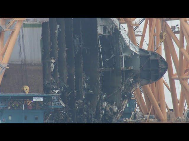 В США проходит фантастическая операция по утилизации затонувшего автовоза Golden Ray