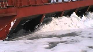 Ледовое побоище т/х ОТ-2054