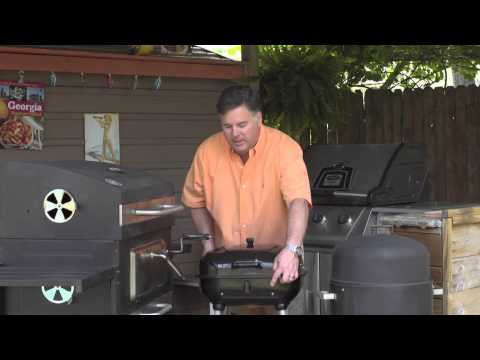 How to Use a Charcoal Grill Vent : Patio Grilling