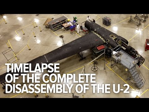 Awesome Time-lapse Shows The Complete Disassembly Of A U-2 Dragon Lady Spy Plane