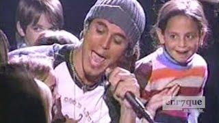 Enrique Iglesias - Addicted (LIVE)