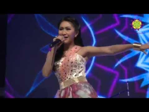 iMeyMey Konser Disitu Kadang Saya Merasa Sedih live in HK