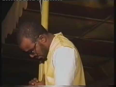 Madadi old hausa song Safiya Musa