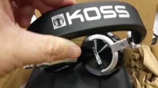 Unboxing #Koss stereophone ProDJ200 headphones. Audio gear.