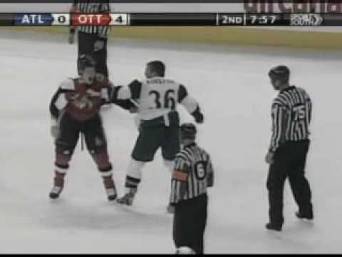 Eric Boulton vs Chris Neil