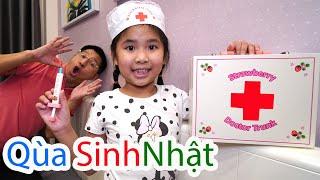 Bé Bún Bóc Quà Sinh Nhật - Gift box for kids