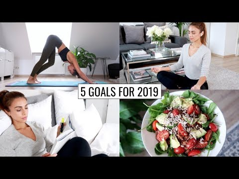 HEALTHY HABITS & GOALS FOR 2019 (Starting Now) | Annie Jaffrey