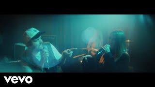 Musik-Video-Miniaturansicht zu Stay Next to Me Songtext von Quinn XCII & Chelsea Cutler