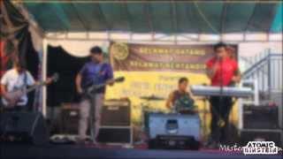 preview picture of video 'Atomic Einstein - Masterpiece Semesta ( Live at Big Ball Futsal Arena Denpasar )'