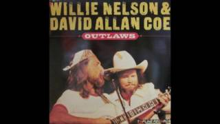 09. Mississippi Woman (David Allan Coe) & Willie Nelson - Outlaws