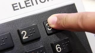 Urnas eletrônicas são preparadas para o 2º turno das Eleições 2018