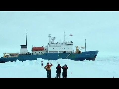 Από αέρος η διάσωση των εγκλωβισμένων στην Ανταρκτική
