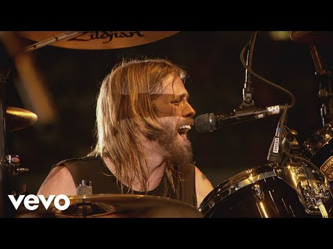 Foo Fighters - Long Road To Ruin (Live At Wembley Stadium, 2008)