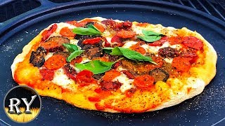 Grilled Pizza On The Weber Kettle