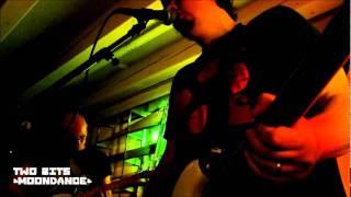 Video Two Bits: Moondance