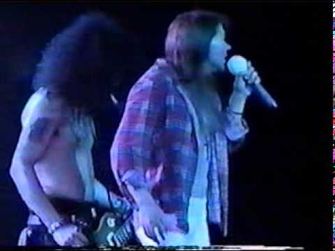 Guns N' Roses - Don't Cry (Feat Shannon Hoon - Live Chicago 1992).mpg