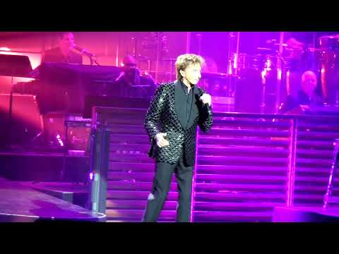 Barry Manilow - Looks Like We Made It at Leeds First Direct