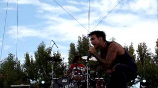Juke Kartel - My Baby - live at the Playground Festival 2011
