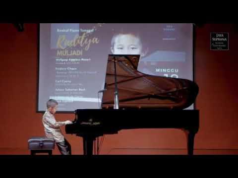 Raditya Muljadi on the Stage