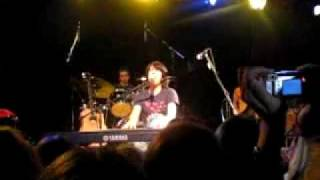 Teddy Geiger - Look Where We Are Now (live)