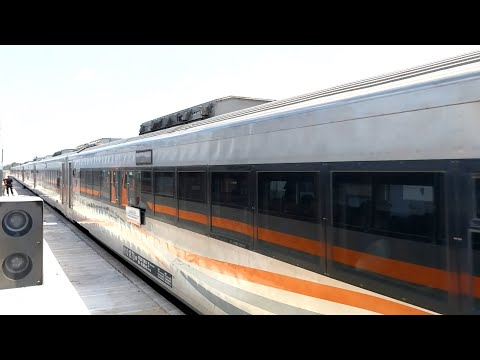 Kereta Api Argo Wilis Berjalan Langsung Stasiun Wonosari Kebumen