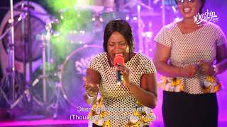 WORSHIP IN ZION 2018 - HIGHLIFE MEDLEY (GOD REVEALS HIS PRESENCE) #worshipinzion