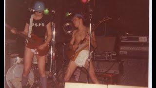 Devo- Live At The Crypt 1977/02/??