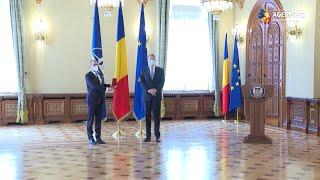 Directorul regional al Biroului pentru Europa al OMS, decorat de preşedintele Iohannis