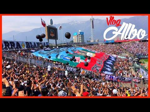 """""""Salida Colo Colo 3 - 2 Universidad de Chile, Bandera Gigante de la Garra Blanca"""" Barra: Garra Blanca • Club: Colo-Colo"""