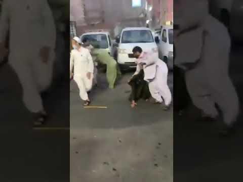 القبض على 6 مقيمين تشاجروا بأحد الأحياء السكنية في جدة