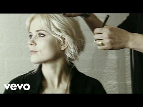 Ilse DeLange - Puzzle me