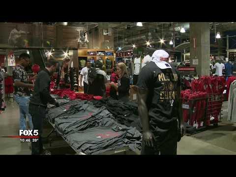 Atlanta United fans buying MLS Cup merch