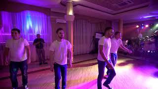 Taniec Niespodzianka Na Weselu Dla Pary Młodej! !Najgorszy Boysband Ever! / Wedding Surprise Dance