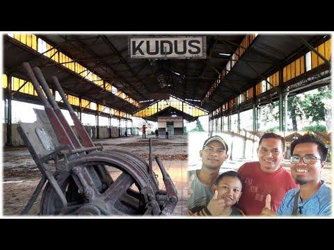 MELIHAT EKS (PASAR) STASIUN KUDUS Kunjungan Singkat di Kota Kretek