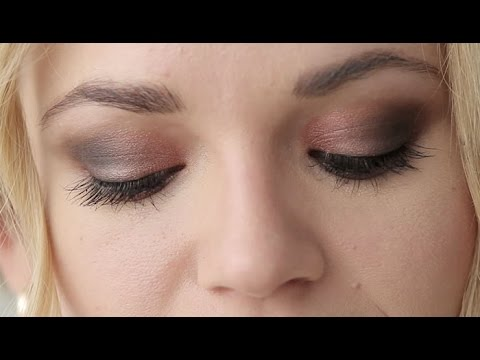How to: Cranberry Holiday Eye Makeup Look