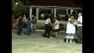 preview picture of video '05-04-14 Dancing in San Miguel'