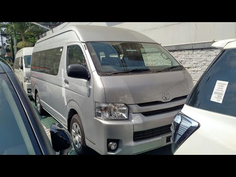 In Depth Tour Toyota HiAce Commuter - Indonesia