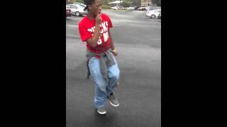 Young thug movin (yeet)