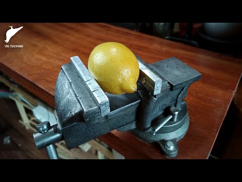 How to make preserved lemons. This guy is brilliant. - Uri Tuchman.