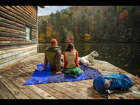 Top 5 Best Camping Blankets Available On Amazon